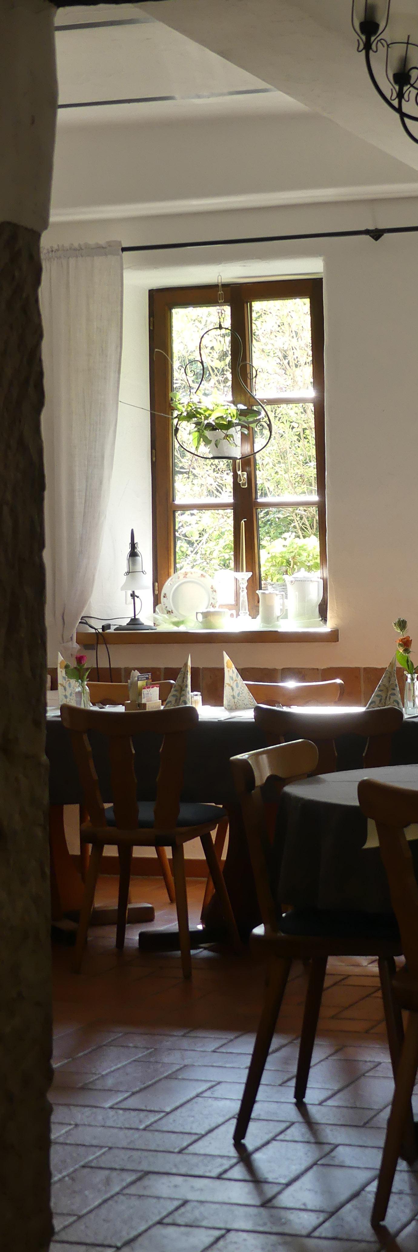 Öffnungszeiten Wald-Restaurant Umgebung Wallhalben